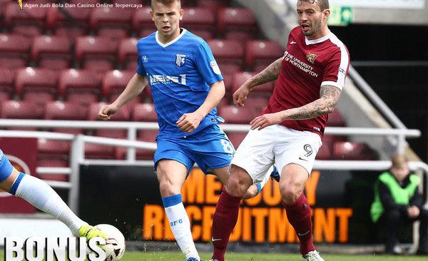 Prediksi Northampton Town vs Gillingham | Prediksi Bola Terpercaya